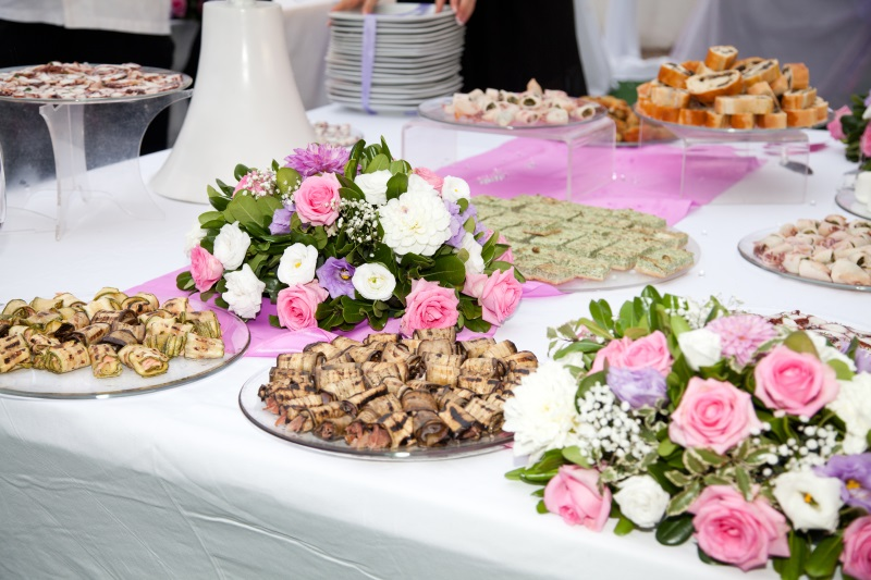 Addobbi floreali alba catering for Addobbi per giardino