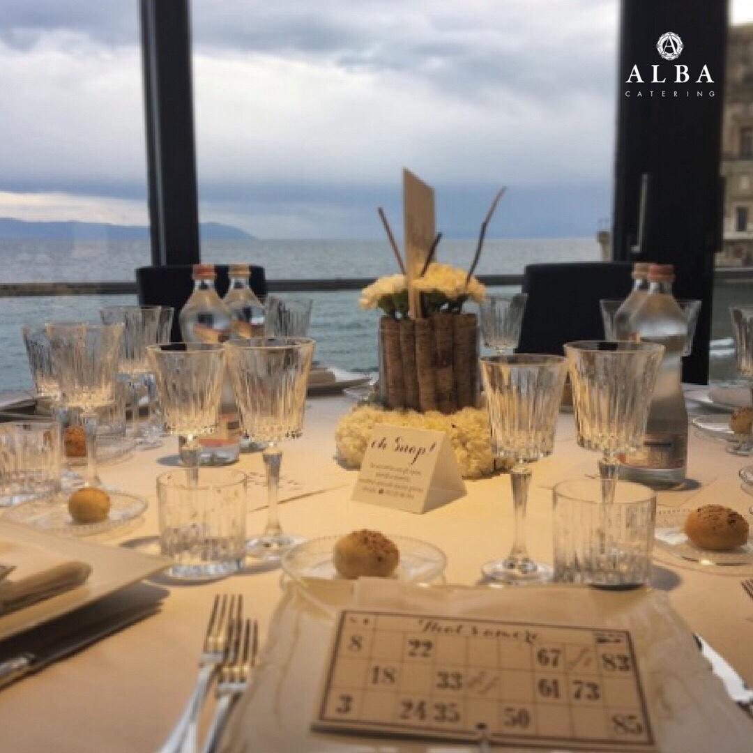 Facciamo ordine in tavola i bicchieri alba catering - Disposizione bicchieri in tavola ...